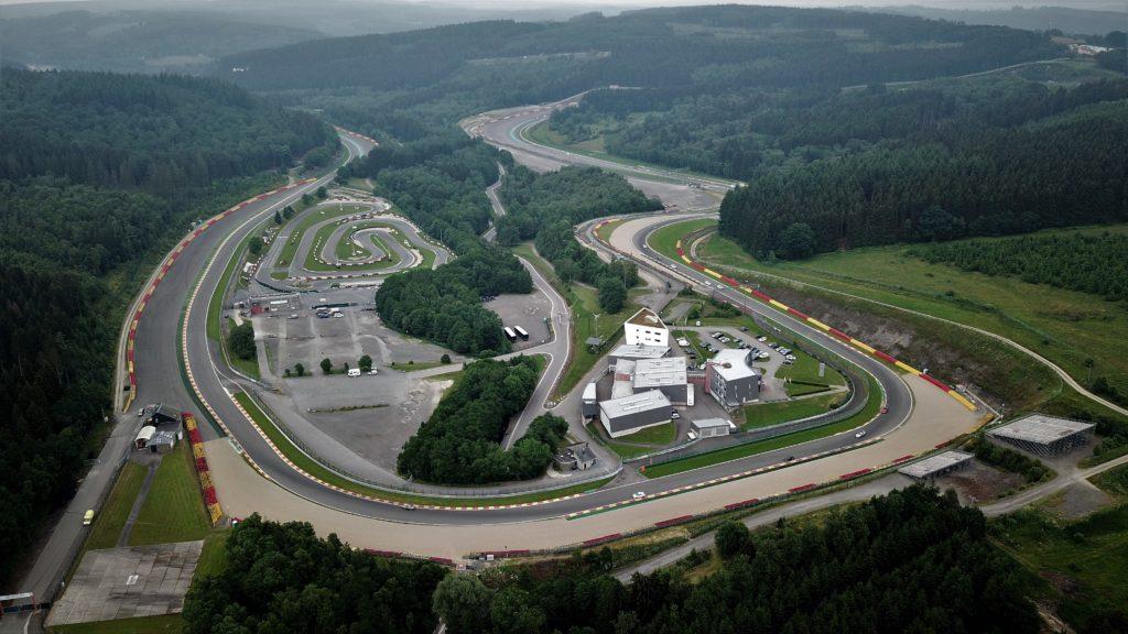 Circuit de formule 1 de Spa Francorchamps intégrant une piste de karting